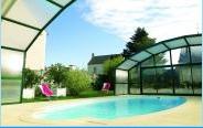 Abri de piscine résidentiel