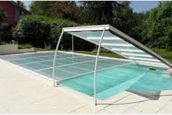 Abri de piscine plat relevable