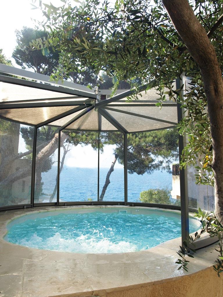 abrisud la rolls des abris de spa en aluminium l 39 abri de piscine comment choisir son. Black Bedroom Furniture Sets. Home Design Ideas