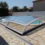 Abri piscine bas marque Bel Abri