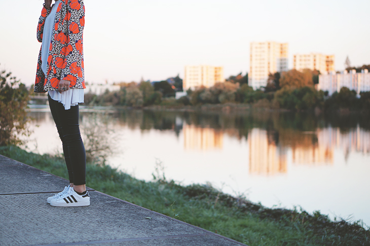 7_look_blog_mode_blazer_river_island_legging_simili_cuir_gemo_baskets_superstar_adidas