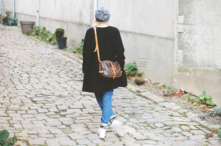 3_look_blog_mode_manteau_laine_cos_boyfriend_jean_j_brand_sweat_hm_saumur_louis_vuitton