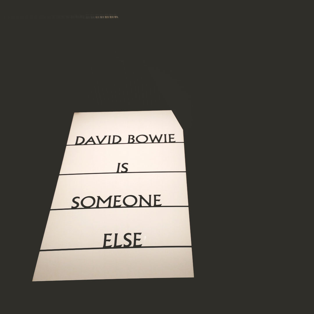 5_expo_david_bowie_is_Philharmonie_Paris