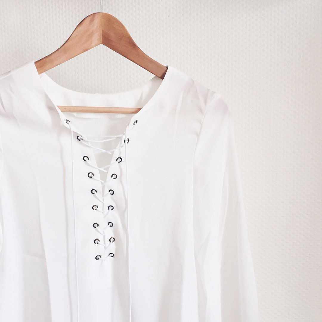 4_tee_shirt_lacets_sheinside
