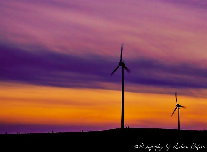 Windrder umweltfreundlicher Strom ohne Umweltrisiko Windenergie im Aufschwung Bilder und Fotos