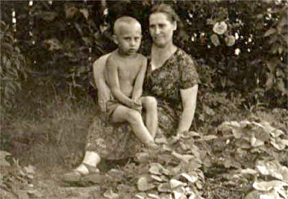 بوتين ووالدته