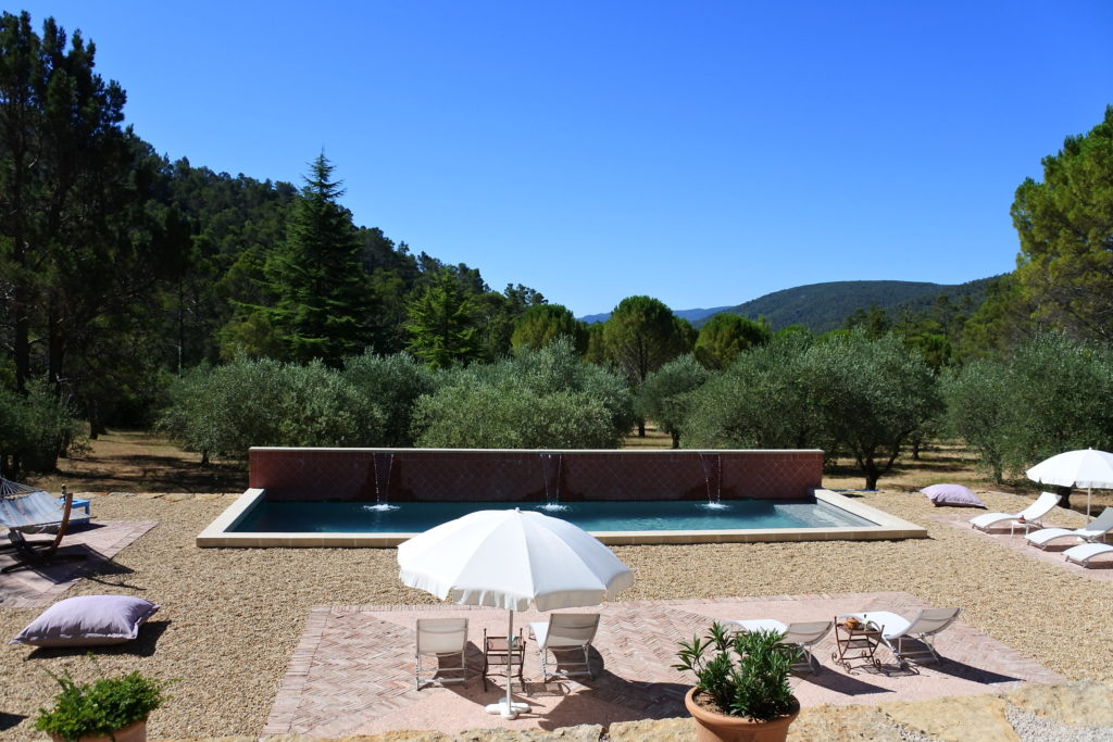 bed and breakfast provence with pool