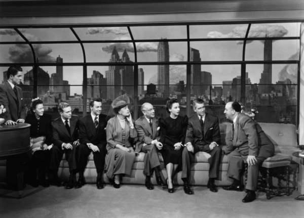 Hitchcock et la distribution de La Corde (D.R.)