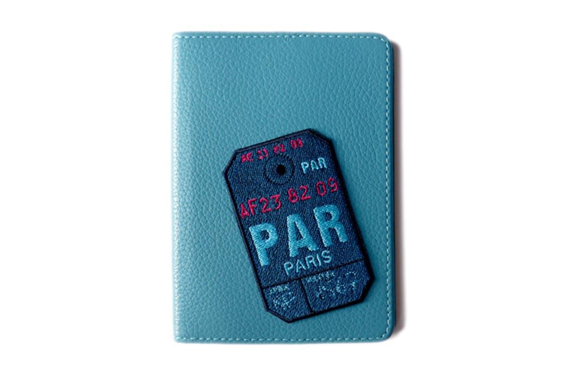 Etui De Passeport Paris