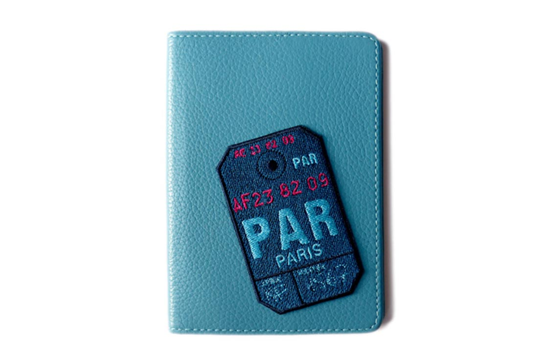 Etui De Passeport Paris