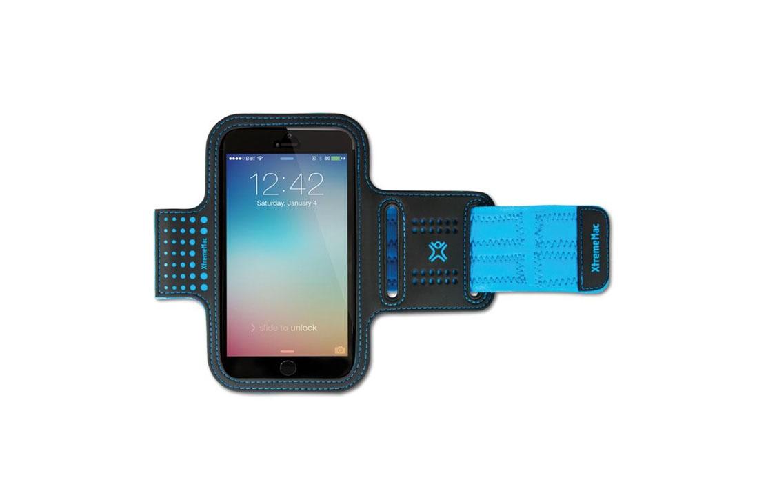 Ce brassard de sport bleu XtremeMac pour iPhone 6 et Galaxy S5