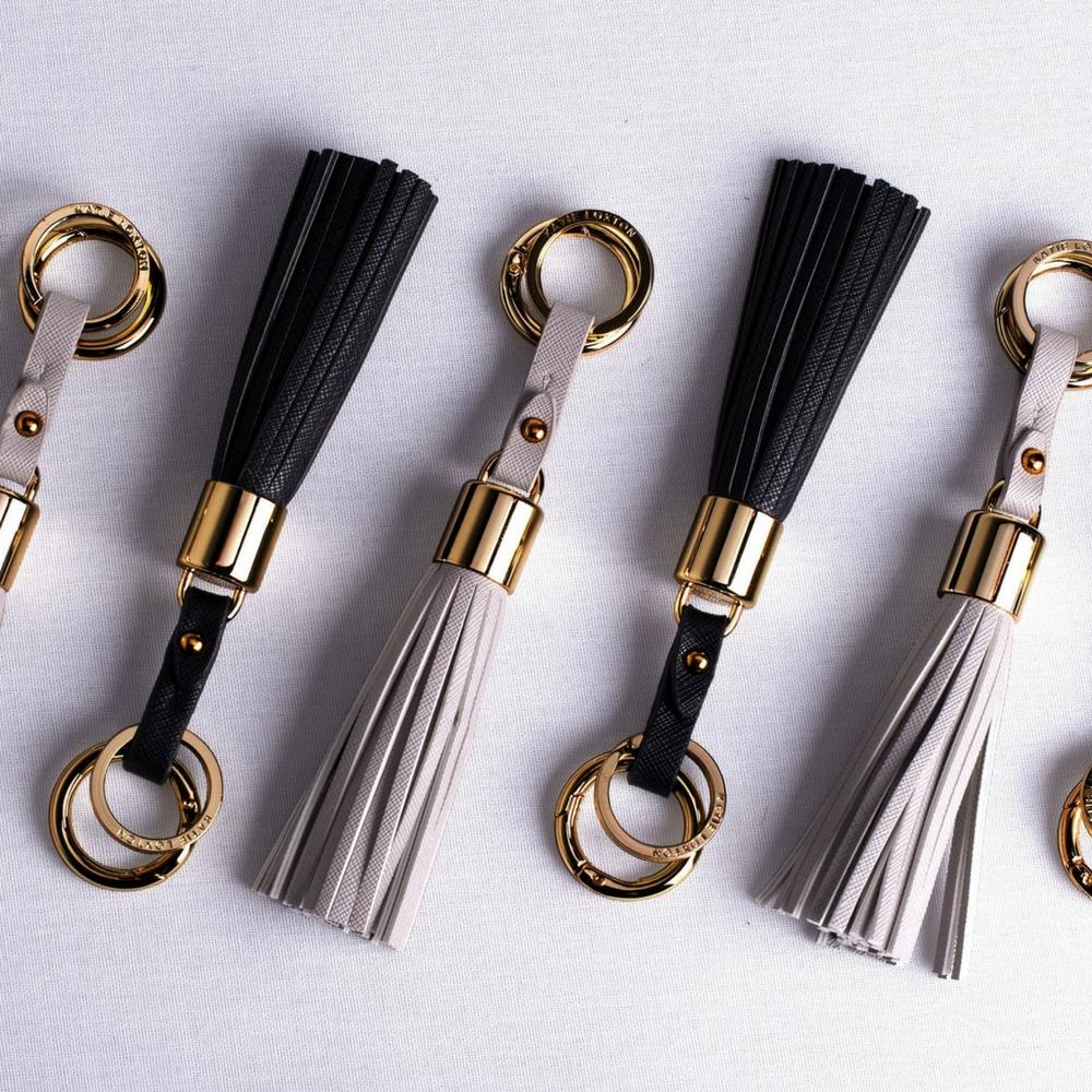 Porte clé pompon Tassel Keyring noir Katie Loxton
