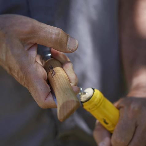 Couteau tire bouchon 2 en 1 N°10 bois Opinel
