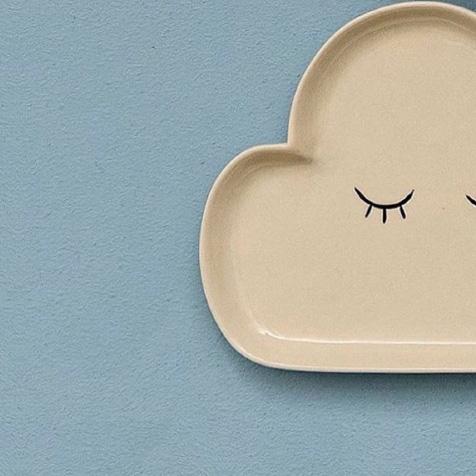 Assiette pour enfant nuage écru Smilla Bloomingville