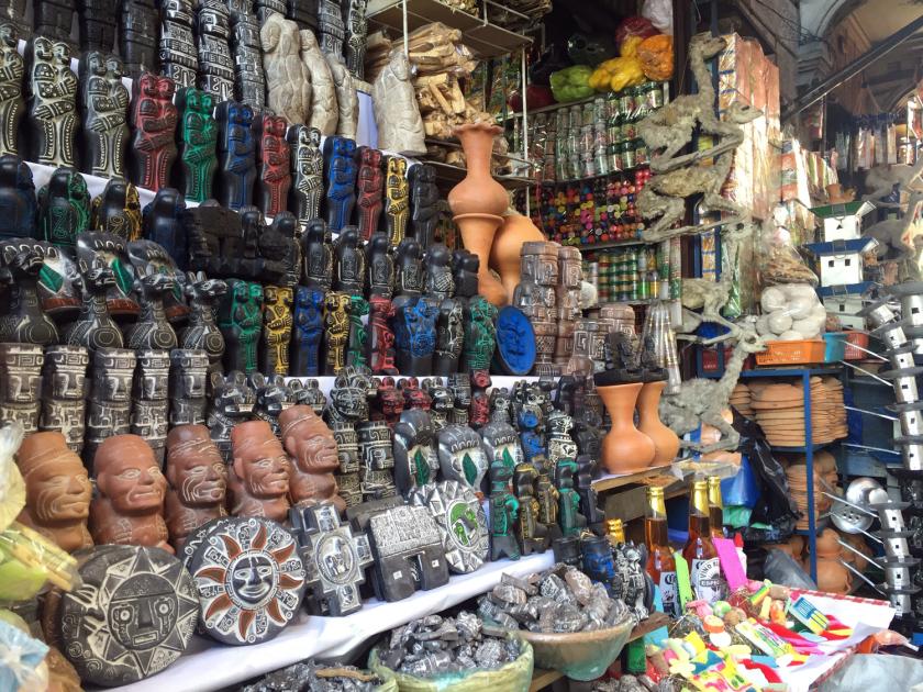 la-paz-bolivia-mercado-de-las-brujas