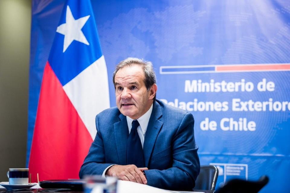 Chile, Andrés Allamand
