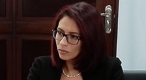 AJ, Jessica Saravia Atristaín