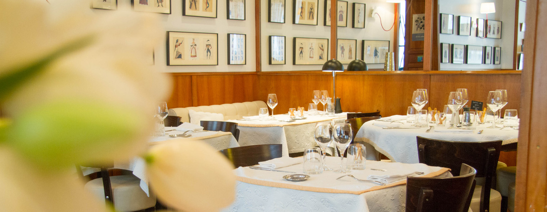 restaurant la fourchette maison hiely 17 rue racine 84000 avignon france tel 04 90 85 20 93 fax 04 90 85 57 60
