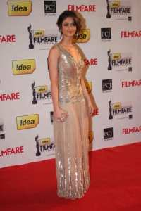 Ilena Filmfare-Awards-2013
