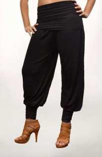 Pantalon sarouel/harem type oriental, resserré au niveau de la cheville.