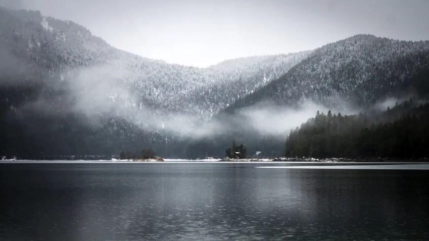 bavière en hiver lac eibsee montagnes
