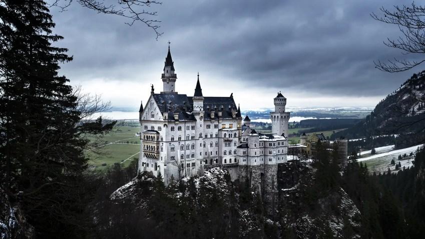 bavière en hiver château sommet rocher