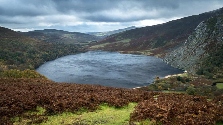 Lough Tay lac montagnes automne Wicklow Mountains