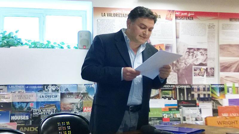 "< img src=""https://www.la-notizia.net/travanti.jpg "" alt=""travanti"""
