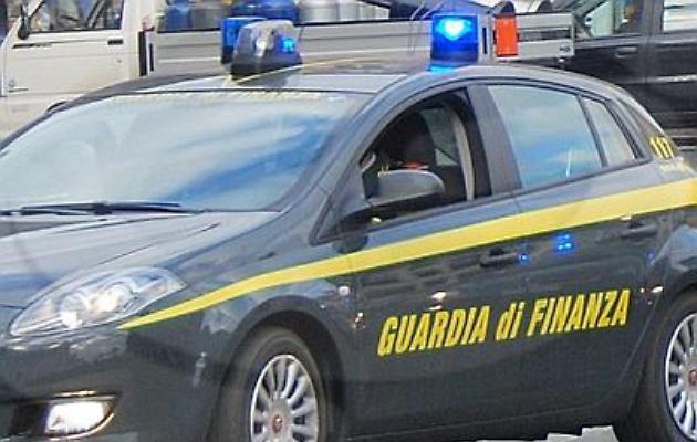 All'università con l'auto di servizio: condannato capitano della Guardia di finanza