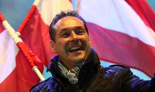 "< img src=""https://www.la-notizia.net/austria.jpg"" alt=""austria"""