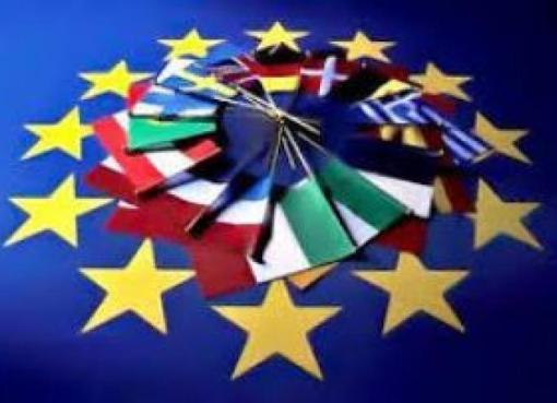 """< img src=""""https://www.la-notizia.net/europa"""" alt=""""europa"""""""