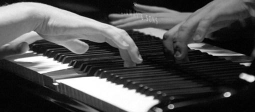 """< img src=""""http://www.la-notizia.net/pianoforte"""" alt=""""pianoforte"""""""