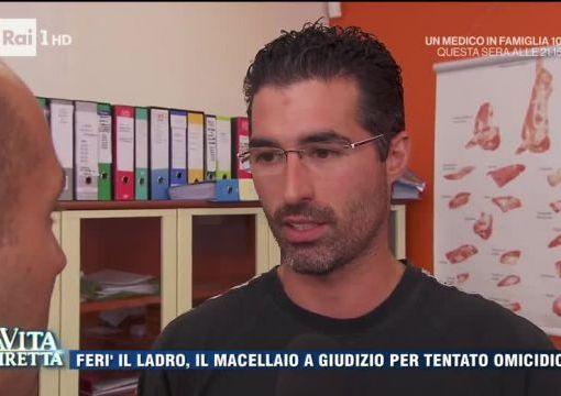 """< img src=""""https://www.la-notizia.net/onichini"""" alt=""""onichini"""""""