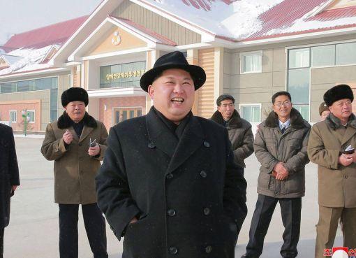 "< img src=""http://www.la-notizia.net/kim-jong-un"" alt=""kim jong un"""