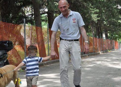 "< img src=""https://www.la-notizia.net/alessandro"" alt=""alessandro"""