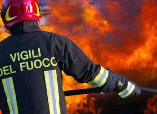 "< img src=""https://www.la-notizia.net/alessandria"" alt=""alessandria"""