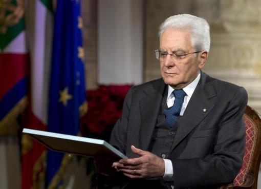 "< img src=""https://www.la-notizia.net/mattarella"" alt=""mattarella"""