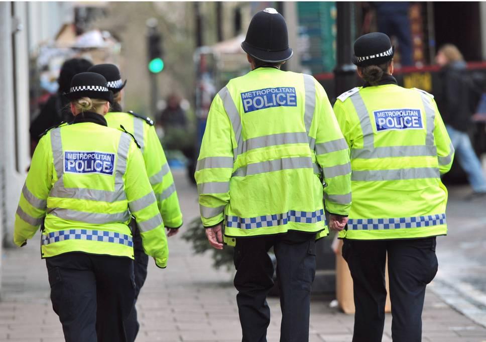 Londra, 17enne ucciso per strada. Nel 2018 più di 60 omicidi