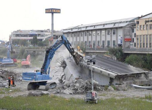 """< img src=""""https://www.la-notizia.net/ponte-morandi"""" alt=""""ponte morandi"""""""