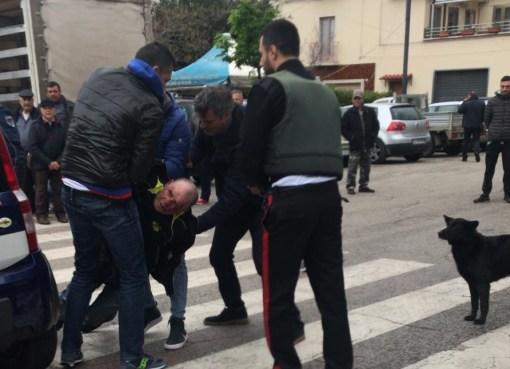 """< img src=""""https://www.la-notizia.net/cagnano"""" alt=""""cagnano"""""""