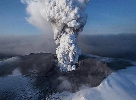 un'odissea vulcanica