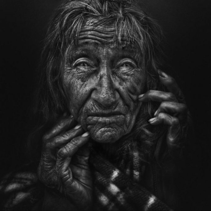 Photo par Lee Jeffries, Homeless sur le blog La retouche photo
