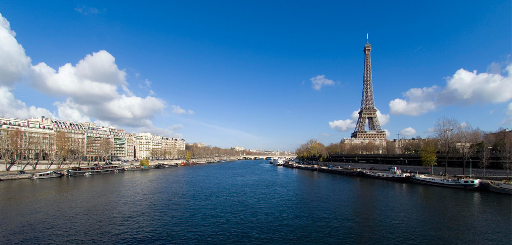 Paris-Tour-eiffel-city-guide-Wanda-NC
