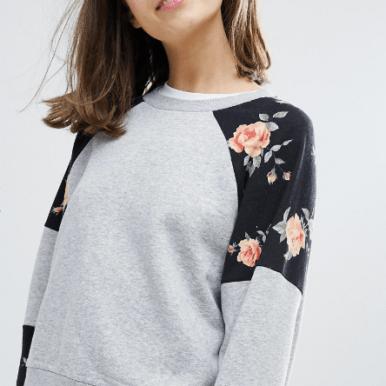 sweat-gris-avec-imprime-floral