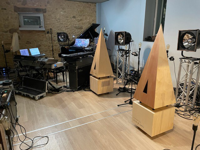 La Voix du Luthier - Live with Deep Forest