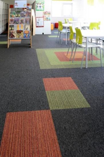 Akatemia_koulu_opetustila_burmatex_tivoli-loop-pile-carpet-tiles-hall-park-academy-05-530x800_laattasuora_textiilipalamatto_textiilimatto_palamatto