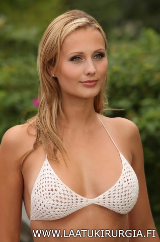 Miss Bikini Minna Nikola Mentor silikonirinnat silikonit