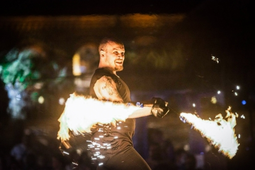 Labareda Fireshow - We will Rock You - Radiolodz (1)