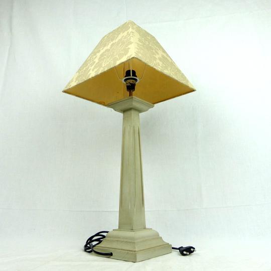 lampe pied en bois