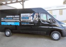 Création et pose d'adhésif sur utilitaire pour Nantes Sono
